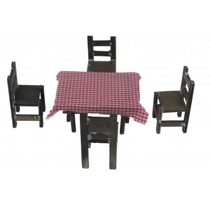Tavolo 6x4x3 con 4 sedie